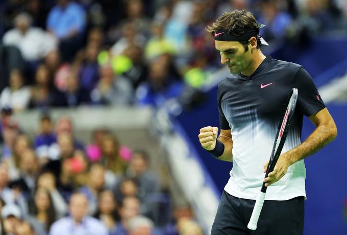 Một pha ghi điểm của Roger Federer phức tạp như thế nào